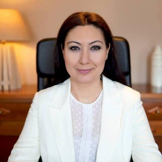 Bayan Estetik Cerrahi Uzmanı Nişantaşı Op. Dr Gökcen Ayyıldız